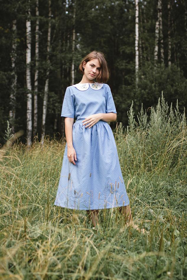 """Платье с вышитым воротничком голубое. Коллекция """"Хюгге"""" №12"""