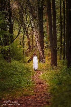 Колдовская ягода и чудесное спасение, или Сказка о том, что каждая девочка внутри немножко ведьмочка