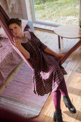 """Платье фиолетовое в клетку с бохо-юбкой и застежкой на пуговицах. Коллекция """"Игра цвета"""" №11"""
